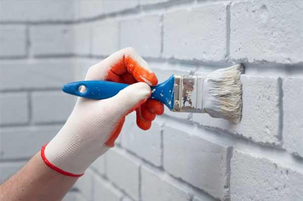 A Step-by-step Guide to Painting the Brick
